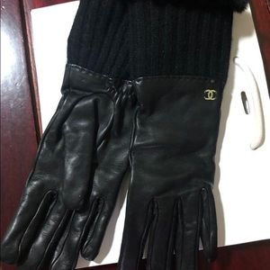 New Chanel leather gloves